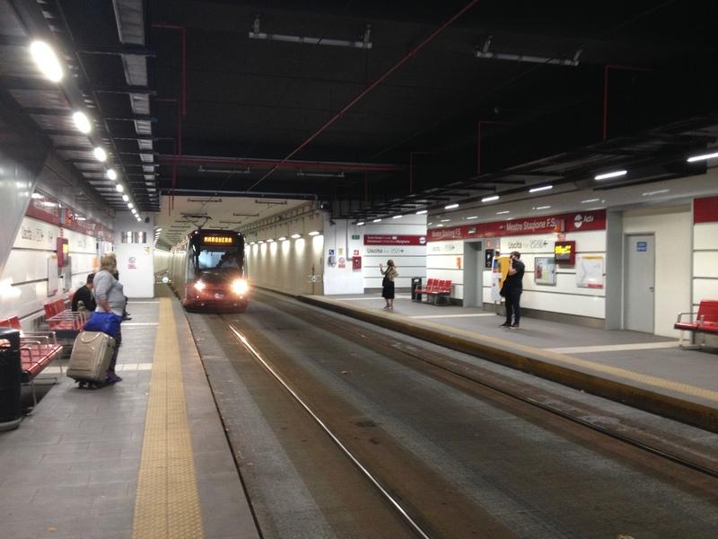 tram_009