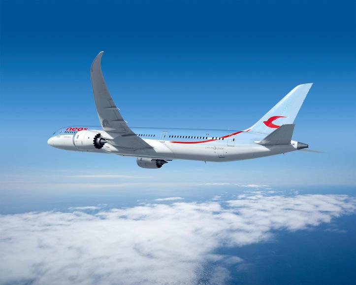 Arriva il nuovo neos 787 dreamliner caratteristiche foto for Manuale per la pulizia della cabina dell aeromobile