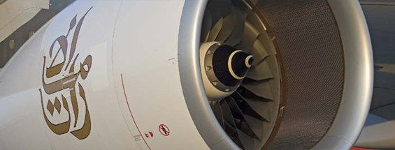 Emirates_A380_Specifications_565x215_tcm262-805723