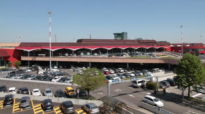 Aeroporto Di Bologna : Aeroporto di bologna da giugno voli diretti verso