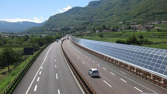 Ue approva investimenti Autostrade, proroga per Aspi e Sias, fissa tetto pedaggi