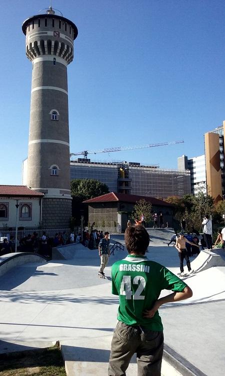 Parco della Torre Bicocca.jpg